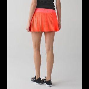 Lululemon NWOT size 4 tennis skirt